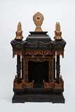 A LARGE ZITAN CARVED AND GILT-PAINTED SHRINE