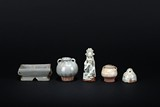 A SET OF FIVE PORCELAIN CERAMIC OBJECTS