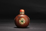 A LARGE WOOD SNUFF BOTTLE DECORATED WITH GEMS