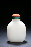 A LARGE WHITE JADE SNUFF BOTTLE