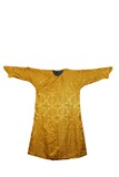 A YELLOW EMBROIDERED DRAGON ROBE