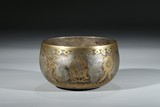 A SILVER GOLD-INLAID 'EIGHT BUDDHIST MOTIF' BOWL