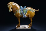A SANCAI POTTERY FIGURE OF HORSE