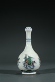A CHINESE BLUE AND WHITE FAMILLE VERTE 'FIGURES' VASE